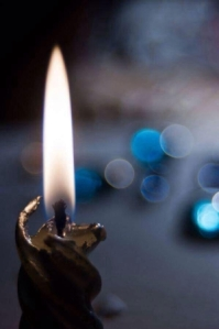 911_candle_glow