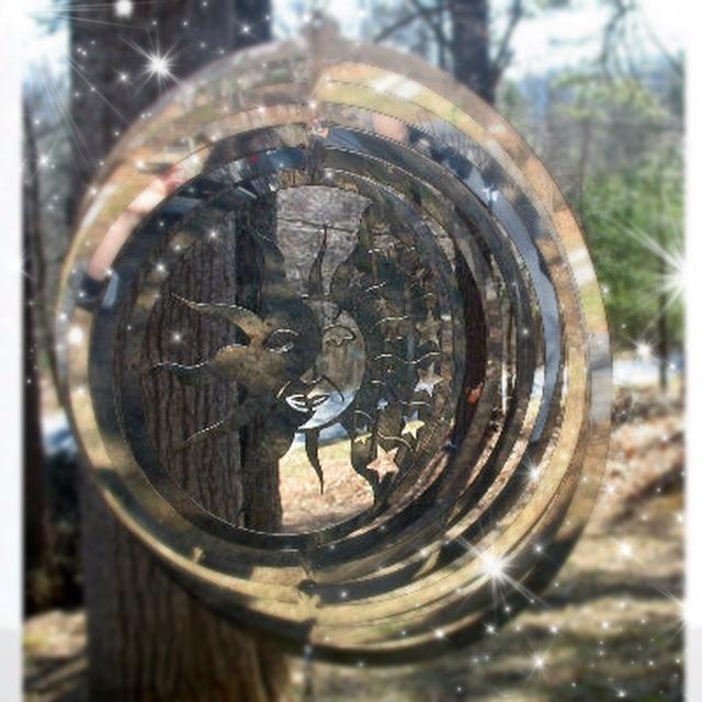 Stardust Photo Effect: https://www.tuxpi.com/photo-effects/stardust